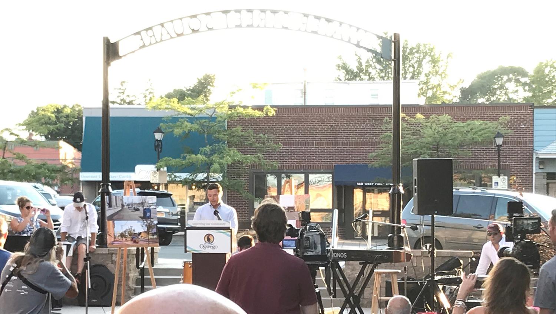 Mayor Billy Barlow speaks at Water Street Pocket Park grand opening